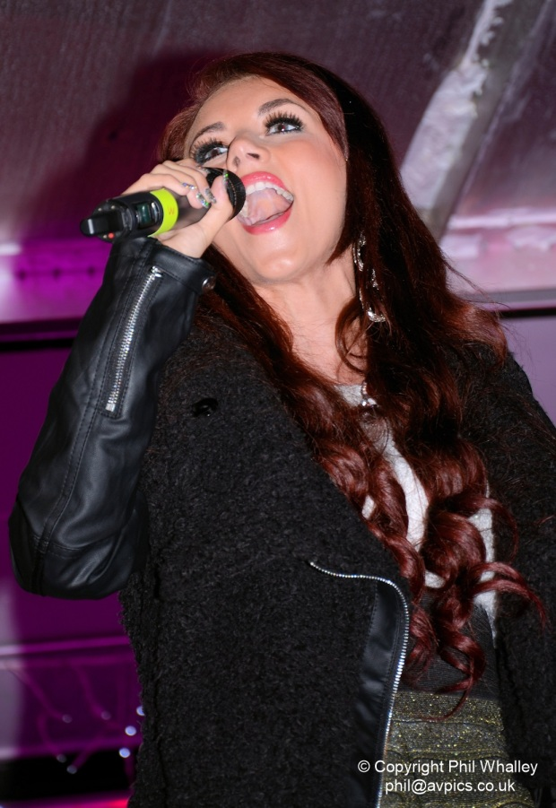 DSC_2793-XmasLights-LydiaLucy-15-11-14-PhilWhalley
